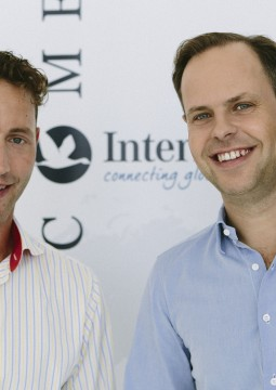 InterNations_Philipp von Plato (left) and Malte Zeeck (right)