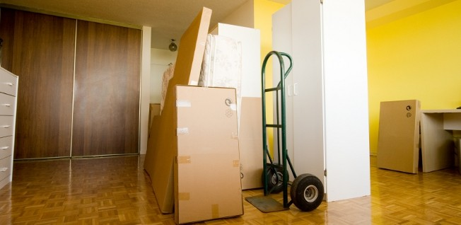 After you have moved your belongings, it is time to take care of a few administrative steps.