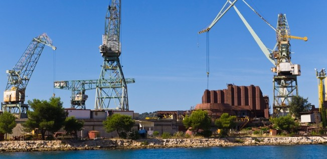 Shipbuilding is one of the traditional industries currently affected by restructuring and lay-offs.