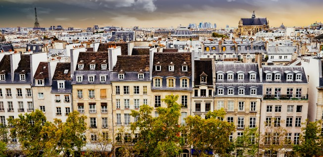 Paris is divided in neighborhoods left and right of the River Seine.