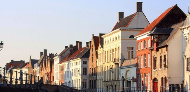 These traditional Flemish houses give you a taste of possible residences in Antwerp.