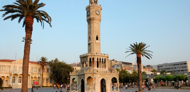 Konak Square with the famous clocktower is a landmark of Izmir.