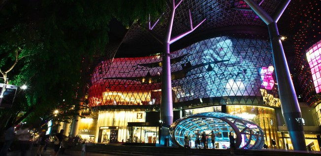 Singapore is a paradise for any shopaholic and fashionista.