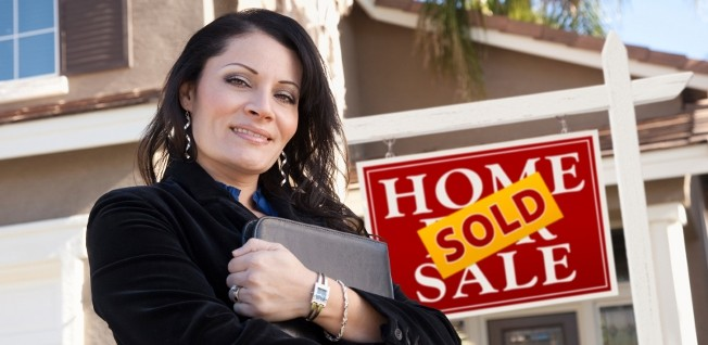 A realtor can help you purchase your dream home in the USA.