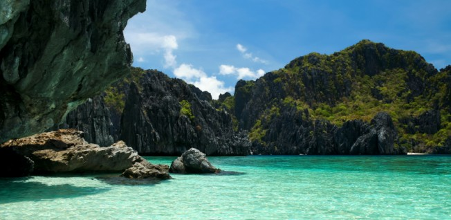 With over 7,000 islands, the Philippines offer gorgeous destinations to everyone.