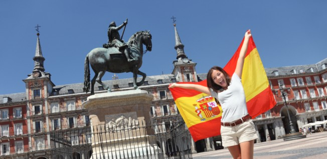 Spain's major cities attract lots of visitors as well as foreign residents.
