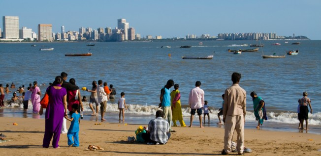 Strolling on the beach is a daily pastime for many inhabitants of Mumbai.