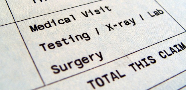 Expats moving to Singapore should have a good health insurance plan: medical bills can be expensive.