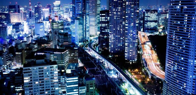 Driving in Japan's megacities is not an easy task - neither for expats, nor for many locals.