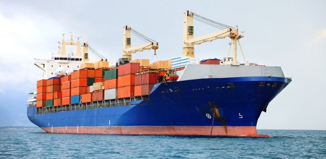 Jeddah's local economy benefits greatly from its commercial cargo port.