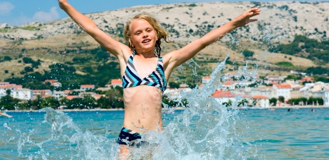 During the school holidays, expat kids can enjoy beach life in Croatia!