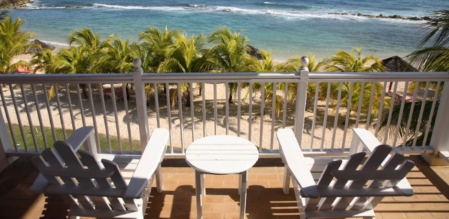 While chances are slim that you will live right at the beach, there are many attractive housing options in Jamaica.