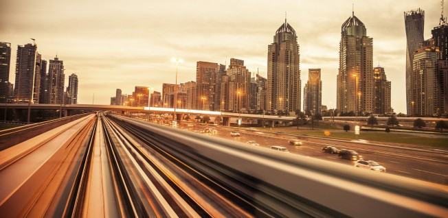 The public transportation system in the UAE is well-organized and a good alternative for a car.