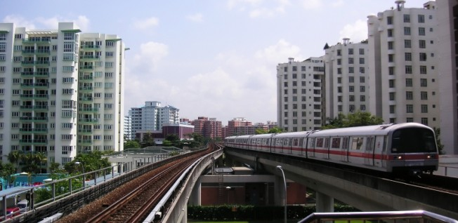 Singapore's public transport network has been voted the 2nd best in the world.