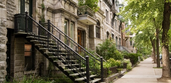 Many of Montréal's neighborhoods are full of picturesque architecture.