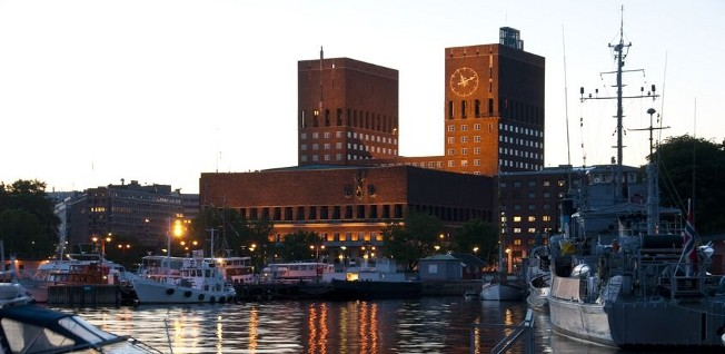 Oslo's seaport not only accommodated cargo ships but also passenger ships from Sweden or Germany.