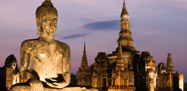 Sukhotai Historical Park is an attraction for history-loving expats in Thailand to explore!