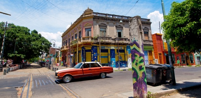 Unfortunately, most streets in Buenos Aires do not look like this picturesque corner of La Boca. Traffic jams are actually the rule.