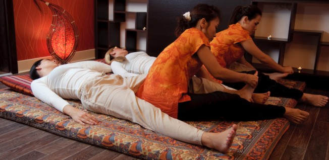 Good medical and recreational facilities are also available in Bangkok.