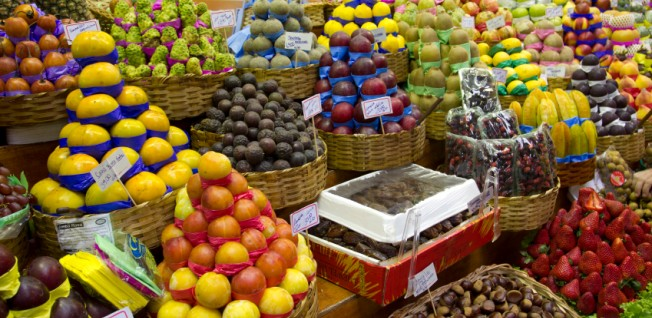 Visit the Mercado Municipal, the oldest market in the city!
