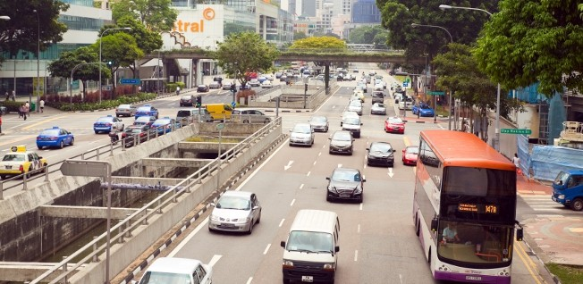 Commuting by car is not the smartest choice for expats living in Singapore.