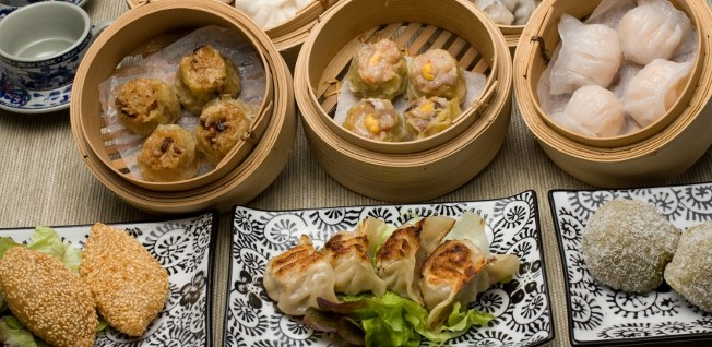 This mix of dim sum and more is typical of the delicious cuisine found in Hong Kong.