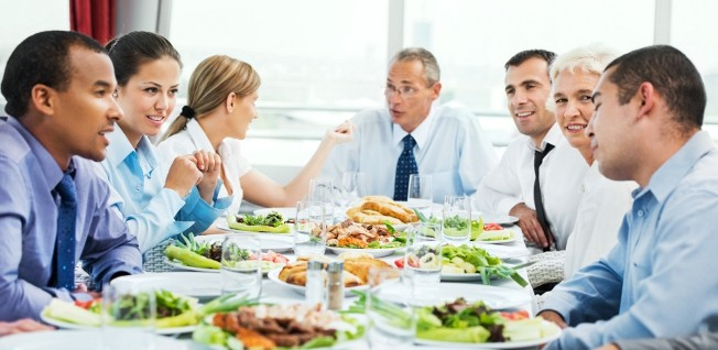A business lunch can offer a good opportunity to get to know your colleagues better.