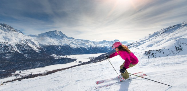 Switzerland's nature is a paradise for outdoor enthusiasts, in summer and winter alike.