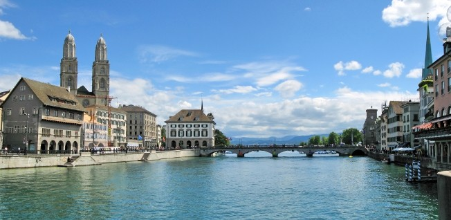 Residential areas with a view of Lake Zurich are very popular — and very expensive.
