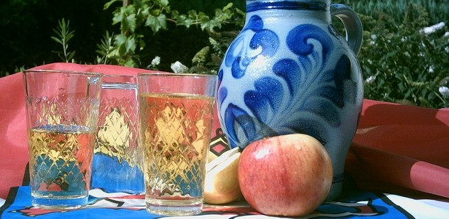 Living in Frankfurt is not the same without a cool glass of apple wine.
